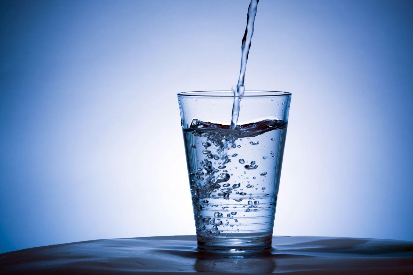 Uống nước trước khi ngủ quá nhiều không tốt cho sức khỏe