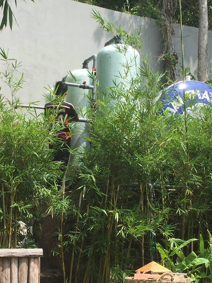 bộ lọc nước công nghiệp xử lý nước phèn mùi hôi tanh bẩn màu vàng